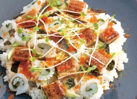 how to eat chirashi sushi