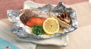 foil-baked sockeye sake with onion